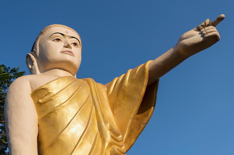 Buddha statue with extended arm and pointing finger (Naung Daw Gyi Mya Tha Lyaung), Bago, Burma (Myanmar)