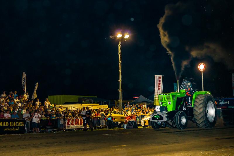Tractor Pulling 2015-08302.jpg