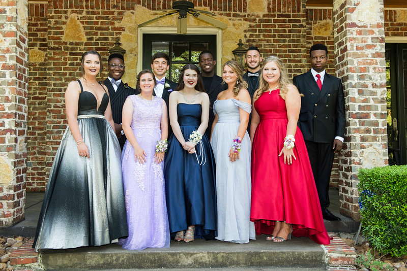 2019-04-27 Legacy Prom Pictures 005.jpg