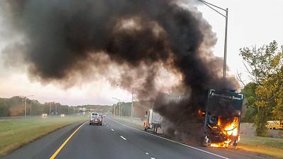 Truck Fire - Rt 8 SB, Trumbull, CT - 11/01/16