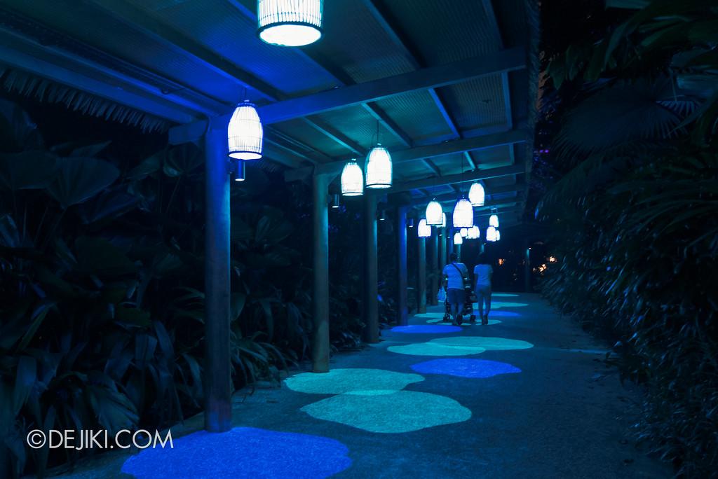 Singapore Zoo Rainforest Lumina - Lantern passage