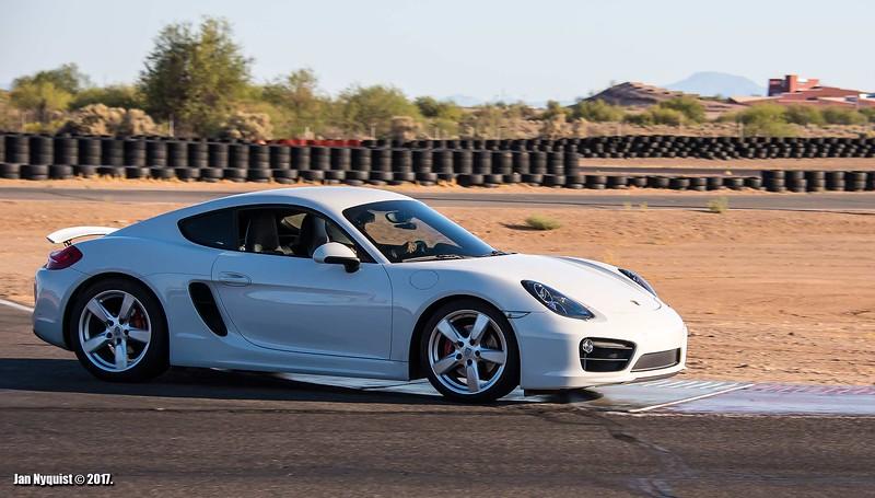 Porsche-Cayman-white-4877.jpg