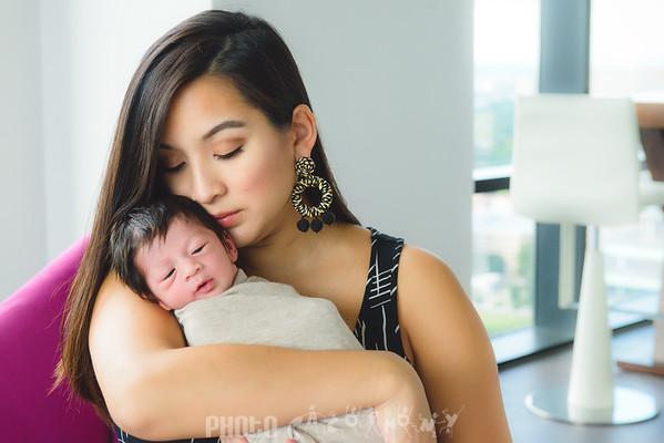 {Newborn} Isabella