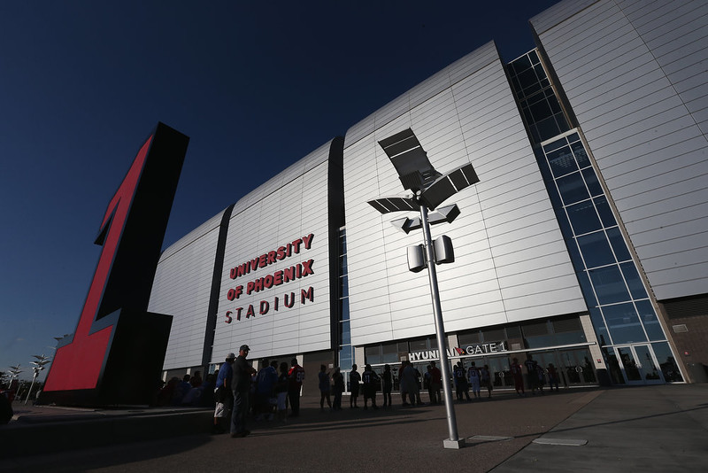 . General view outside of  University of Phoenix Stadium before the NFL game between the Arizona Cardinals and the San Diego Chargers on September 8, 2014 in Glendale, Arizona.  (Photo by Christian Petersen/Getty Images)