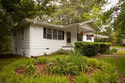 103 Robinhood Drive Woodstock, GA 30188