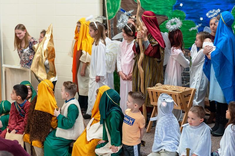 20191209 Faith Children Advent Family Gathering-8043.jpg