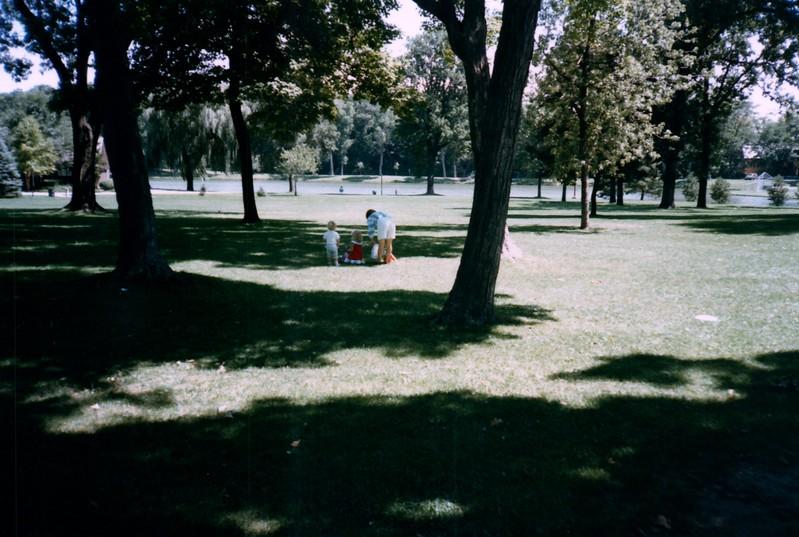 1985_Summer_Norfolk_Greg_and_Summer_Lisle_Pics_0021_a.jpg