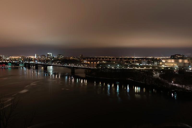 Ottawa/ Gatineau at night