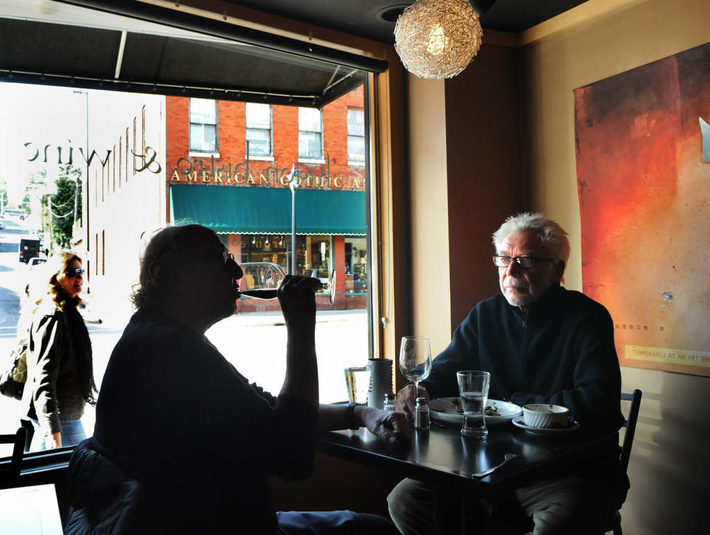 . Jim Harris, left, and Larry Nelson eat lunch at Marx Fusion Bistro in Stillwater. (Pioneer Press: Jean Pieri)