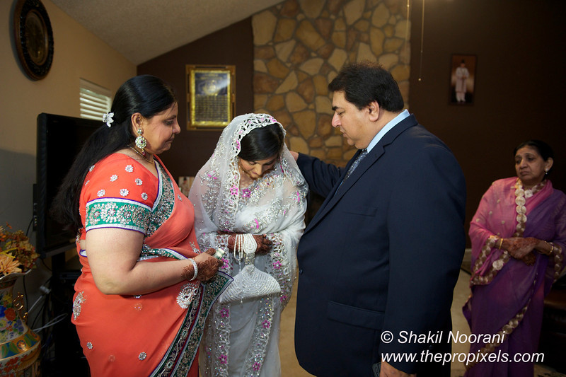 Naziya-Wedding-2013-06-08-01807.JPG