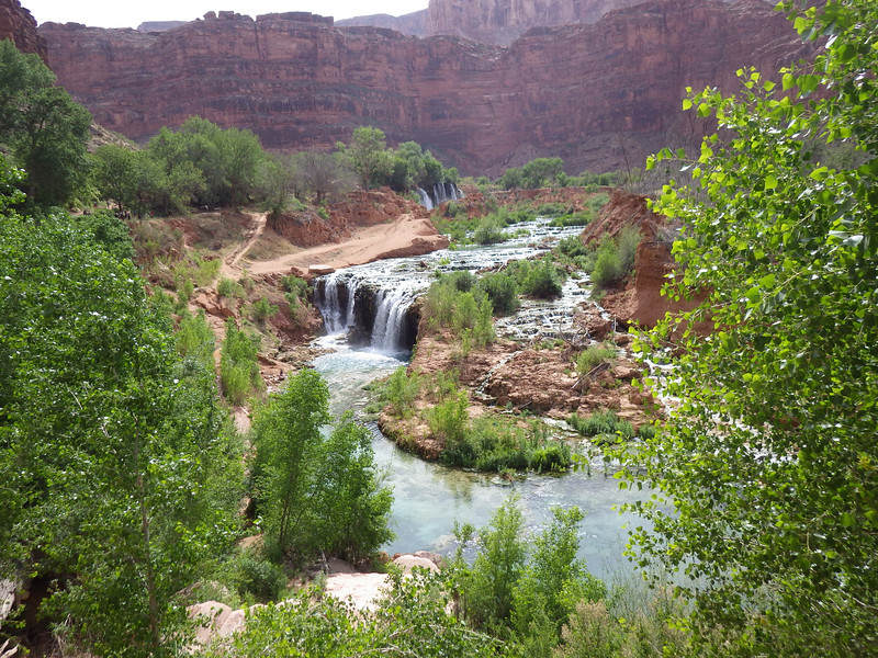 Upper (50 ft) and Lower (30 ft) Navajo waterfalls