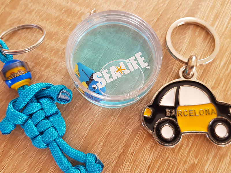 keyrings travel souvenir