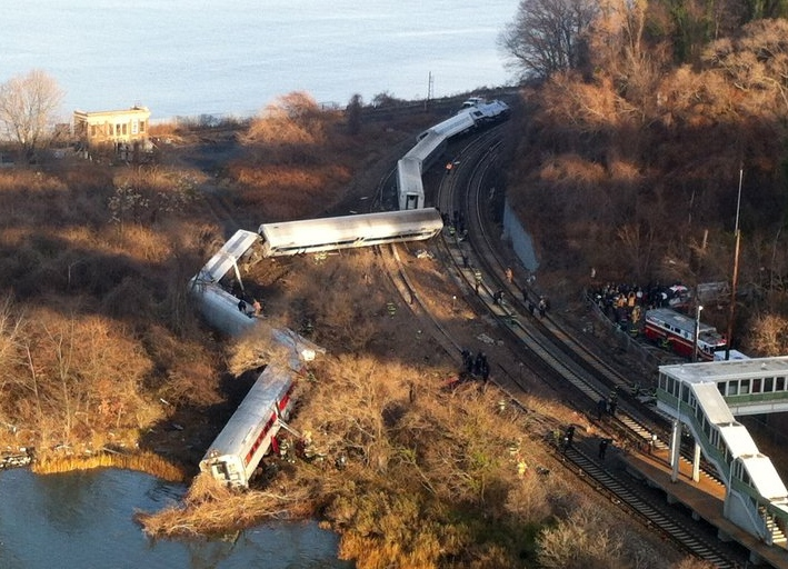 """. <p><b> Investigators have uncovered evidence that this person may have been asleep at the wheel just before disaster struck � </b> <p> A. The conductor of the derailed New York train <p> B. �Fast and Furious� star Paul Walker <p> C. Alabama coach Nick Saban <p><b><a href=\'http://www.thedailybeast.com/cheats/2013/12/03/nyc-train-driver-fell-asleep.html\' target=\""""_blank\"""">HUH?</a></b> <p>   <br> <p><b>ANSWERS</b> <p> The correct answer is always \""""A\"""" ... unless you feel very strongly otherwise. <p> <br><p> Kevin Cusick talks fantasy football, and whatever else comes up, with Bob Sansevere and �The Superstar� Mike Morris on Thursdays on Sports Radio 105 The Ticket. Follow him at <a href=\'http://twitter.com/theloopnow\'>twitter.com/theloopnow</a>.    (AP Photo/Edwin Valero)"""