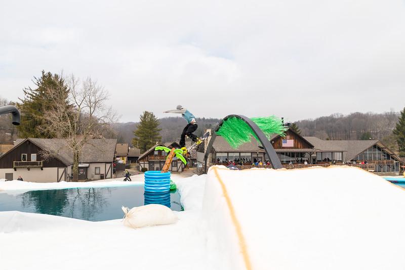 Pool-Party-Jam-2015_Snow-Trails-796.jpg