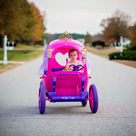 Disney-Princess-Carriage-Daily-Mom-Ultimate-Christmas-Guide-2016_5.jpg