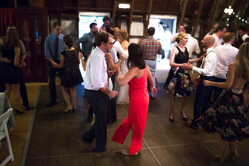 Garrett & Lisa Wedding (703).jpg
