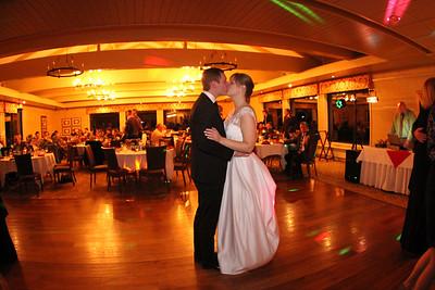 ELIZABETH  CHAD WEDDING
