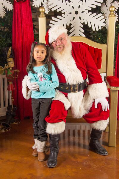 Santa 12-16-17-280.jpg