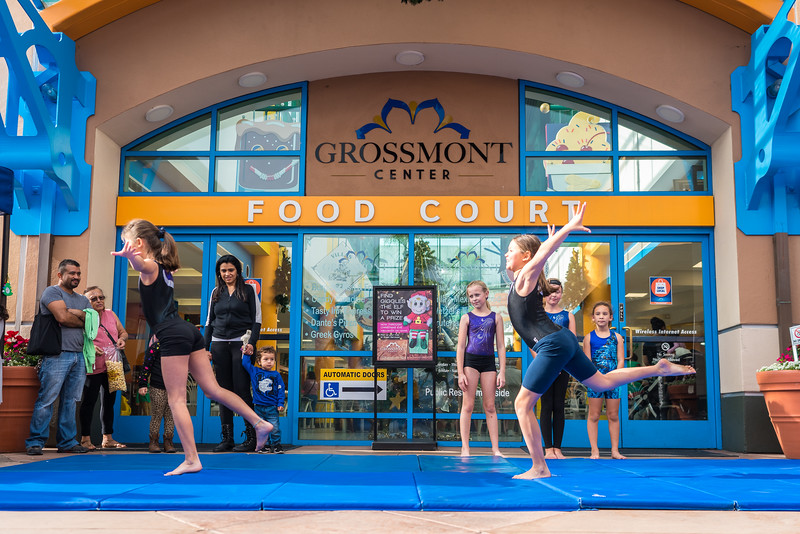 Grossmont Center San Diego Made Pop-Up Market at HolidayFest-61.jpg