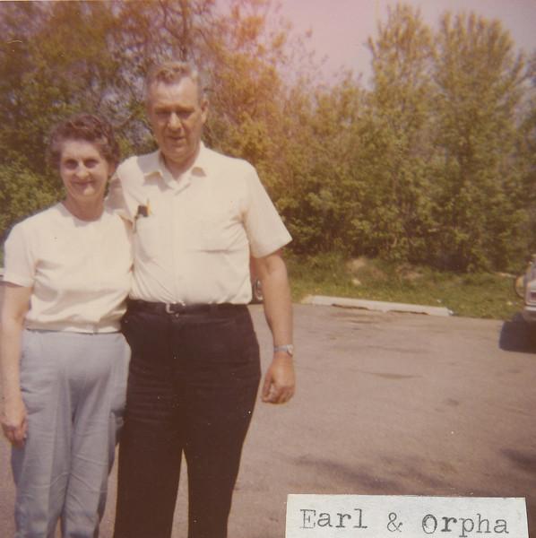Earl and Orpha.jpg