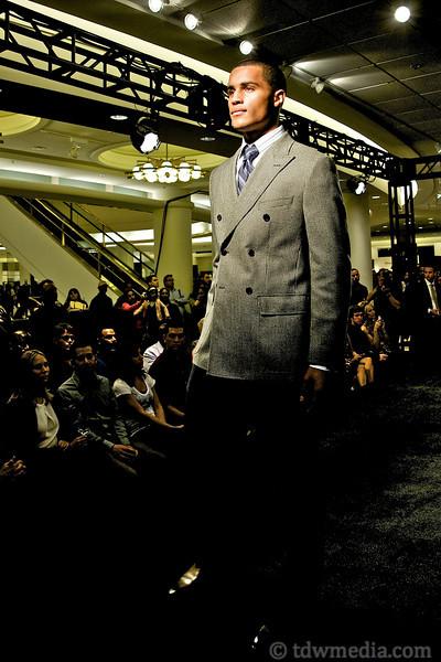 Nordstroms Men's Guide to Style 9-22-09 59.jpg