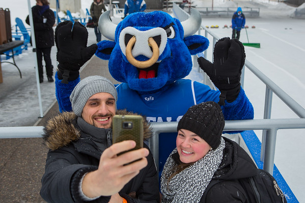 15026 UB Day at CanalSide Ice Skating