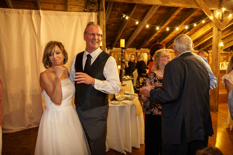 20190601-190859_[Deb and Steve - the reception]_0496.jpg