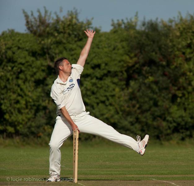 110820 - cricket - 316-2.jpg