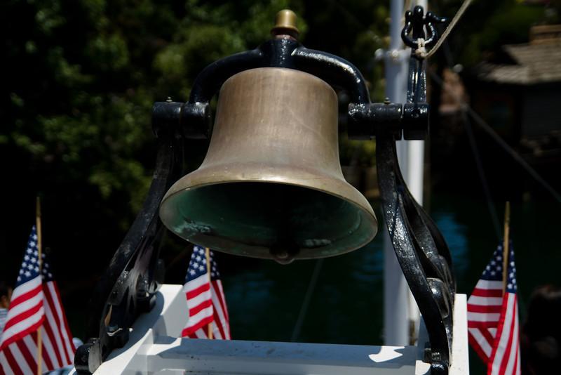 Mrak Twain Riverboat Bell