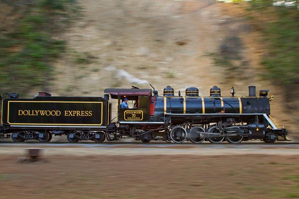 Dollywood and Tweetsie Railroad's