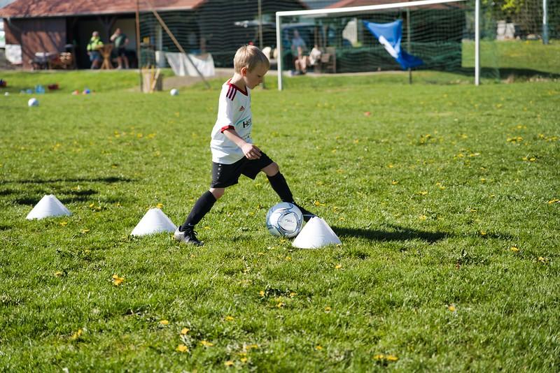 hsv-fussballschule---wochendendcamp-hannm-am-22-und-23042019-u48_32787656457_o.jpg