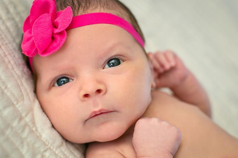 Zoe Newborn-2.jpg