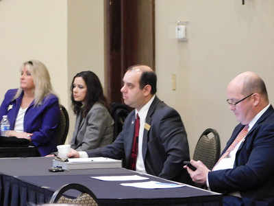 Republican Central Committee gathers to pick new county recorder