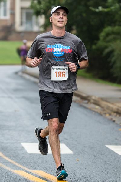 2017 Lynchburg Half Marathon 044.jpg