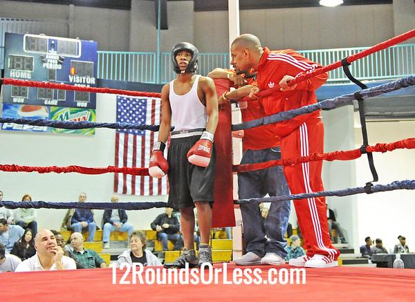Ronald Rosenboro (Cleveland Boxing) vs Antonio Nieves (Old School B.C.)  123 Pound-Open  Bout # 1