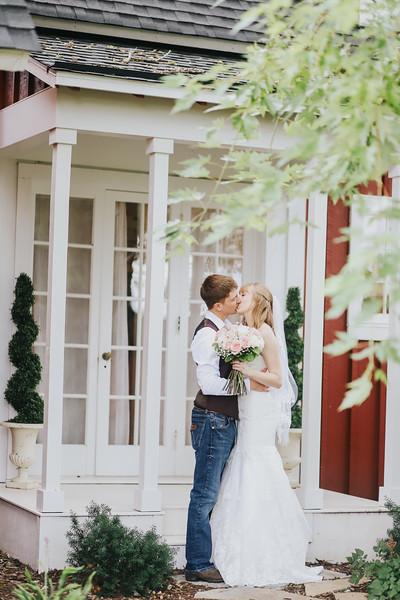Krotz Wedding-146.jpg