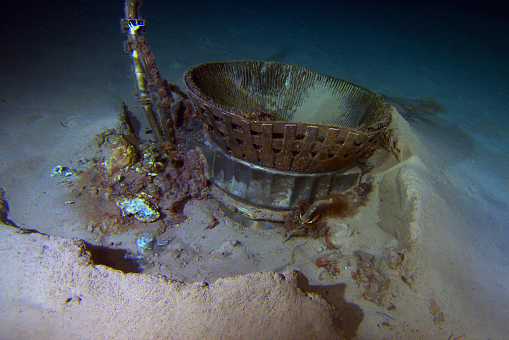 . A thrust chamber from an Apollo F-1 engine is seen in this undated handout photo from Bezos Expeditions taken off the coast of Florida and released March 20, 2013.   REUTERS/Bezos Expeditions/Handout