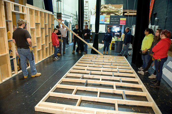 Westfield Vo-Tech students assemble Cabaret set