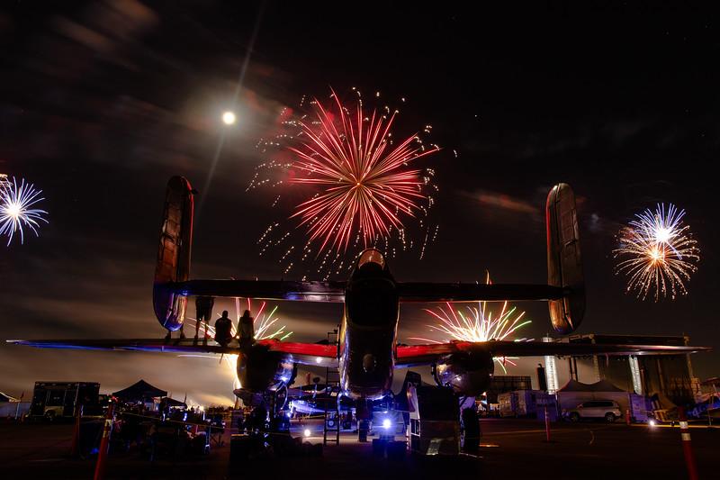 2018_CCA_Fireworks_18.jpg