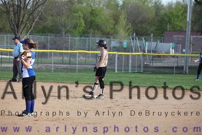 Softball Apr 24 Trinity