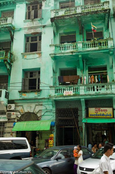 Yangon August 2012 455.jpg