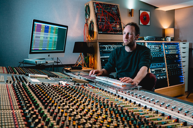 Tom Bish Studio 2019-3.jpg