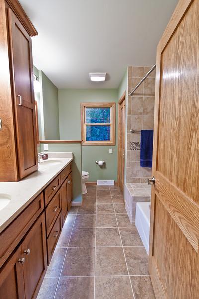 Construction Oregon Bathroom Remodel