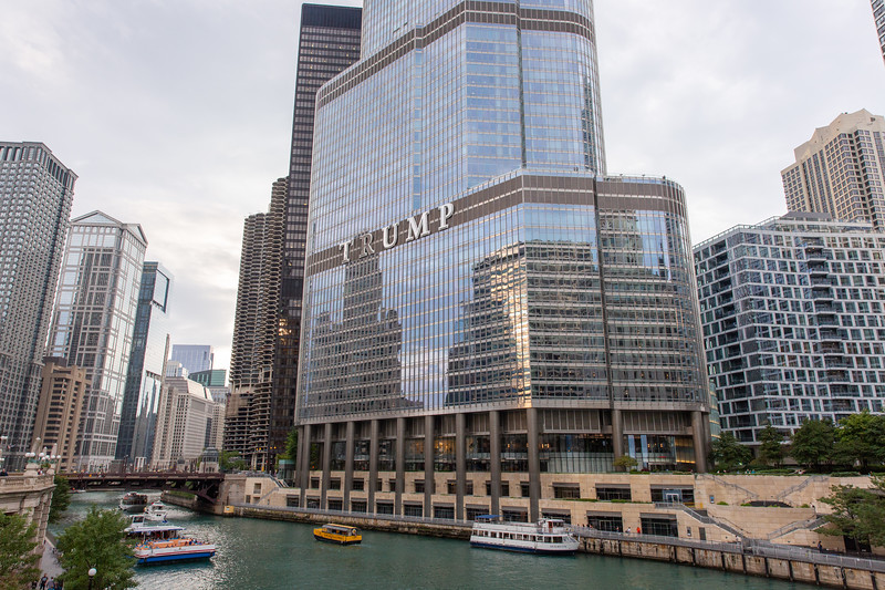 Trump Tower along the Chicago River