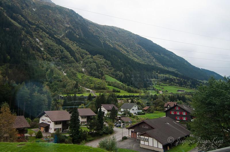 train-Switzerland-6470.jpg