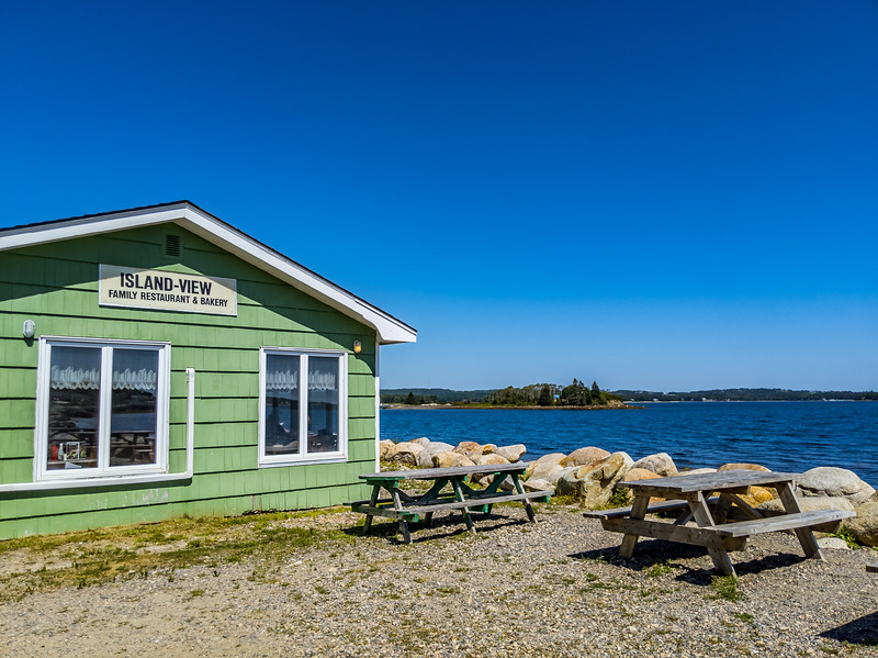 island view restaurant.jpg