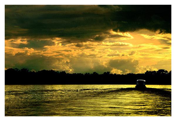 RIO NEGRO, AMAZON RIVER, BRAZIL