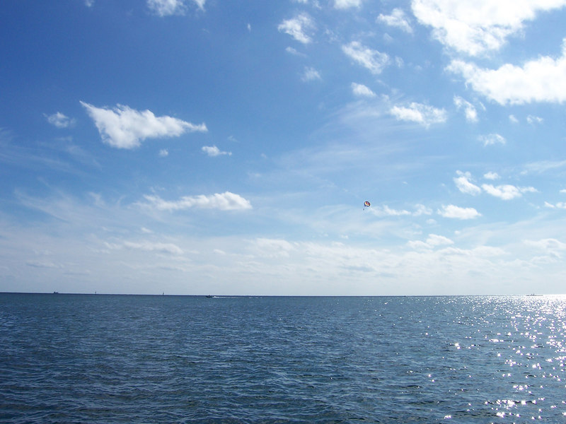 There's a parasailer up there, on one of the beeeeeeautiful days we enjoyed.