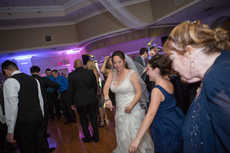 MRN_1268_Loriann_chris_new_York_wedding _photography_readytogo.nyc-.jpg.jpg