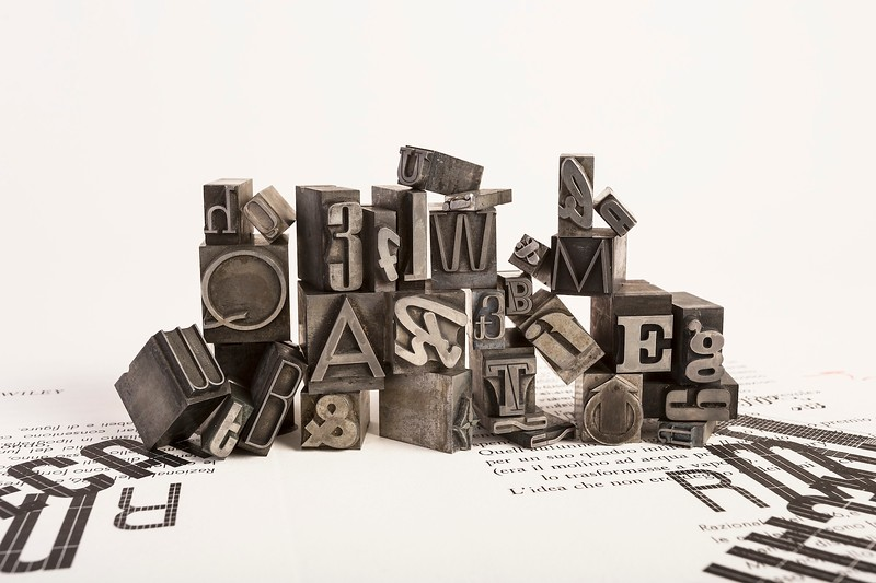 Set of different types including Neon, Semplicità, Hastile and Resolut.